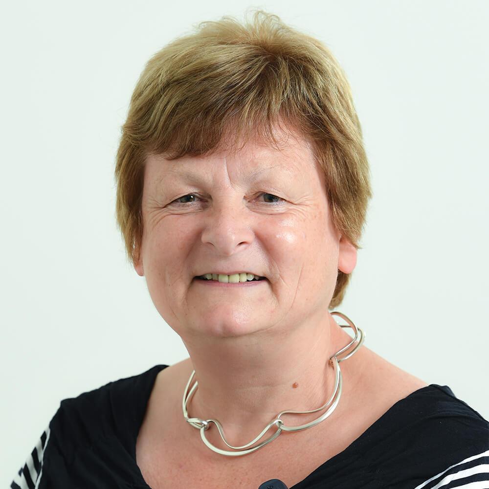 Elaine MacFarlane